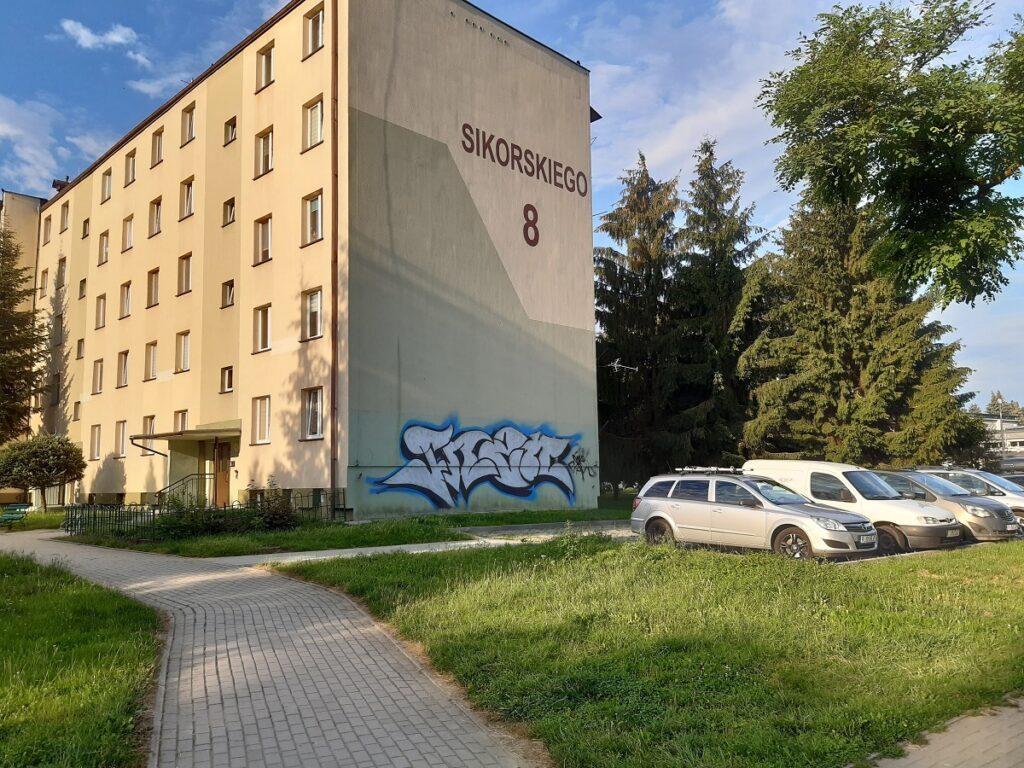 Przetarg nieograniczony – docieplenie ścian – ul. Sikorskiego 8