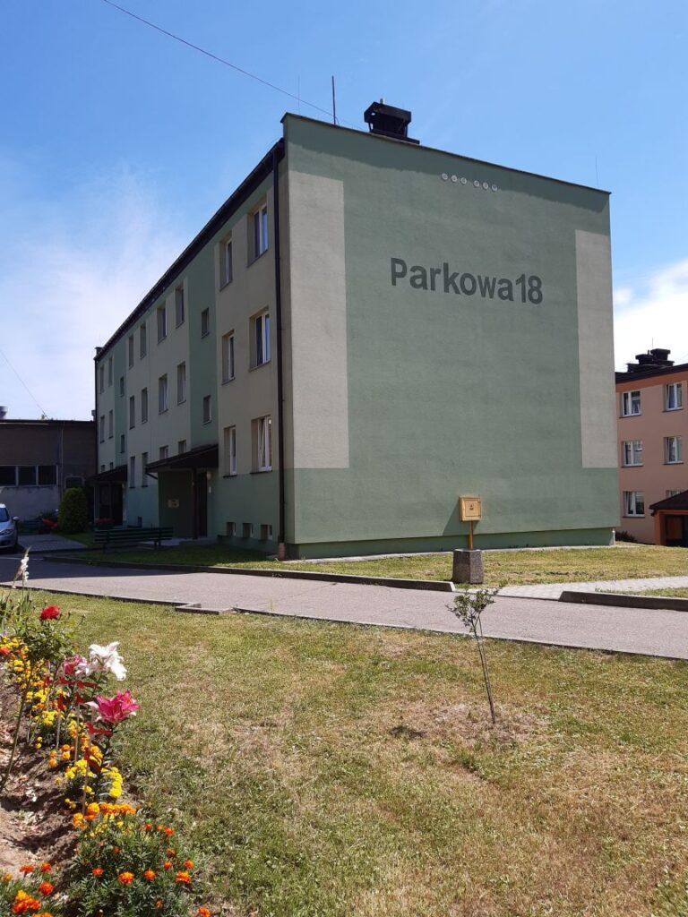 Parkowa 18 w Bieczu – utwardzenie terenu