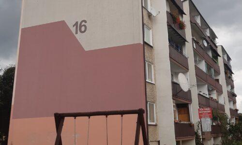 Szkolna 16 – docieplenie ściany południowej